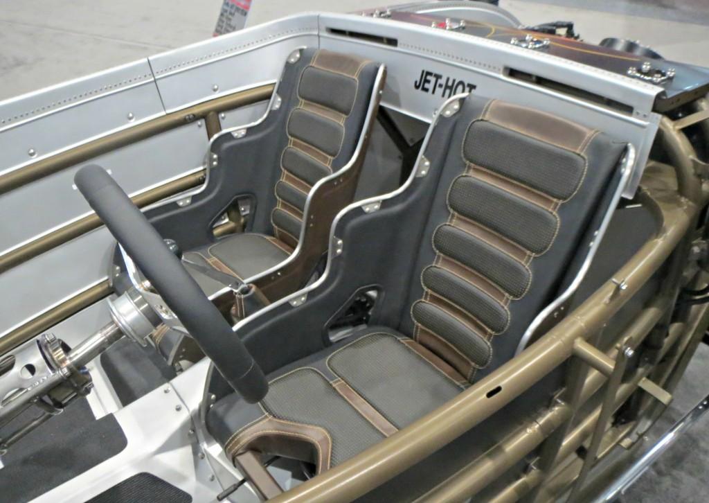 Jet-Hot interior